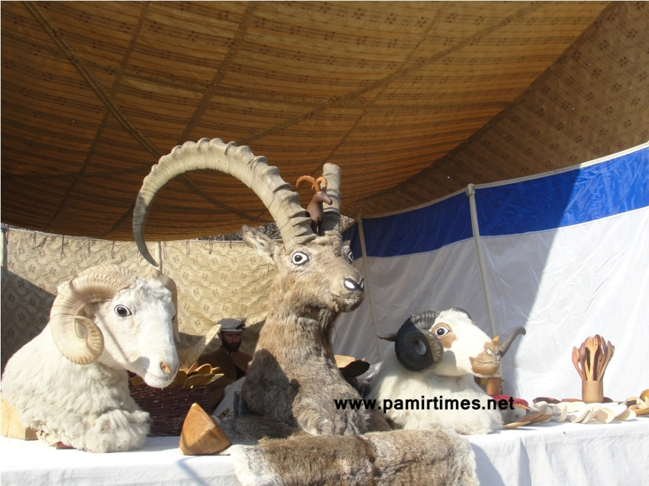 Handicrafts at display
