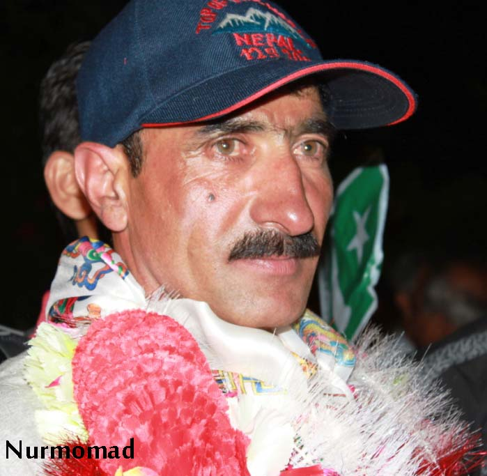 Conqueror of Mount Everest, Hassan Sadpara, warmly received in ...hassan sadpara