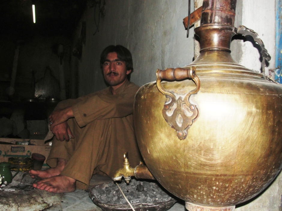 A tea vendor waits for customers in Chitral Bazaar. PT Photo